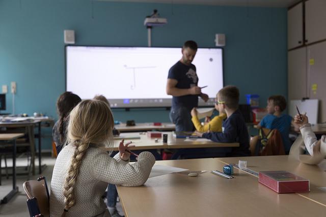 Pametne ploče i ekrani za veću motivaciju učenika i studenata